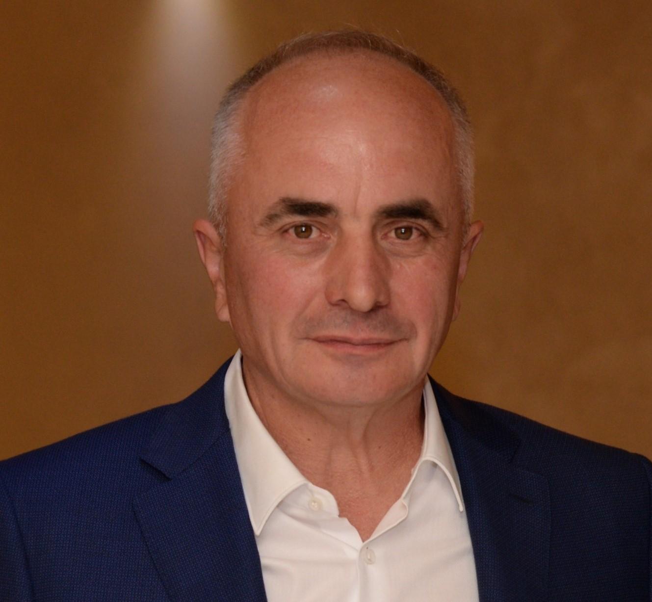nenad-dojilovi-portret